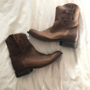 Justin Women's  Brown Cowboy Boots Size 8